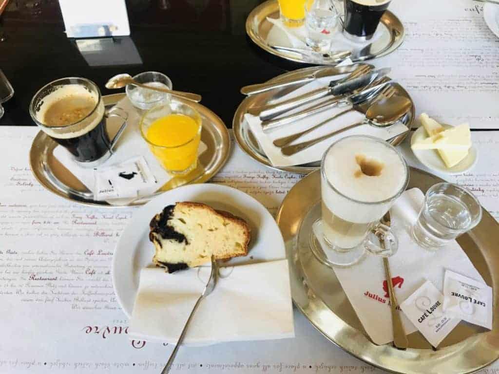 捷克布拉格Cafe Louvre 羅浮咖啡/走進百年咖啡館 8