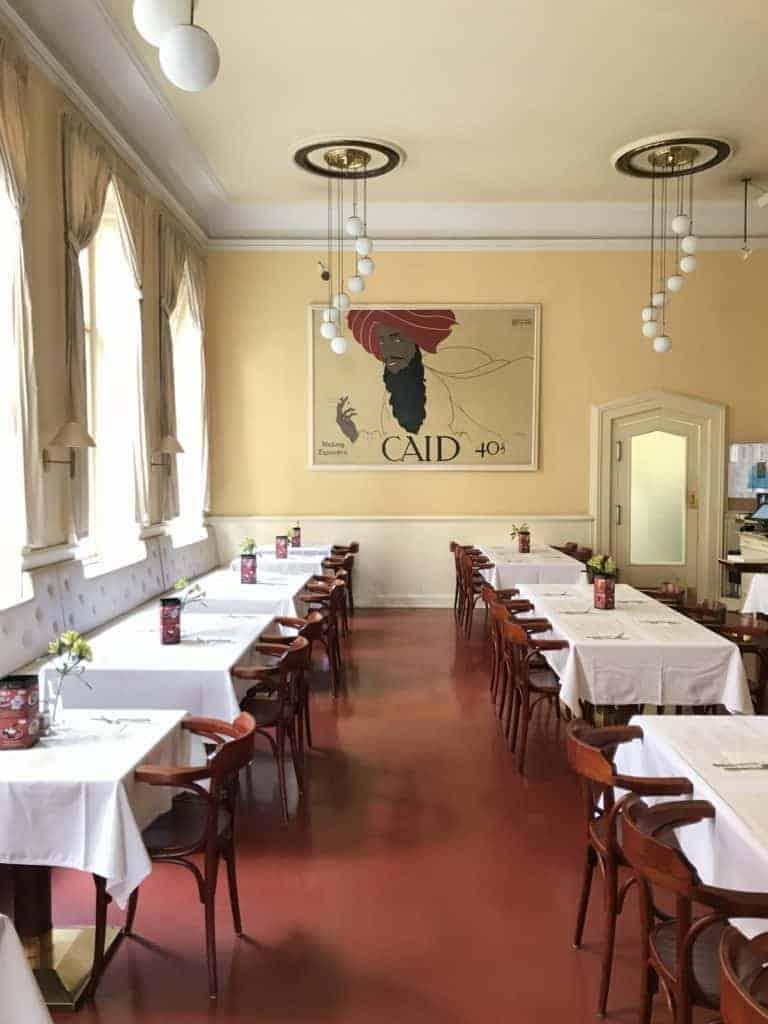 捷克布拉格Cafe Louvre 羅浮咖啡/走進百年咖啡館 14