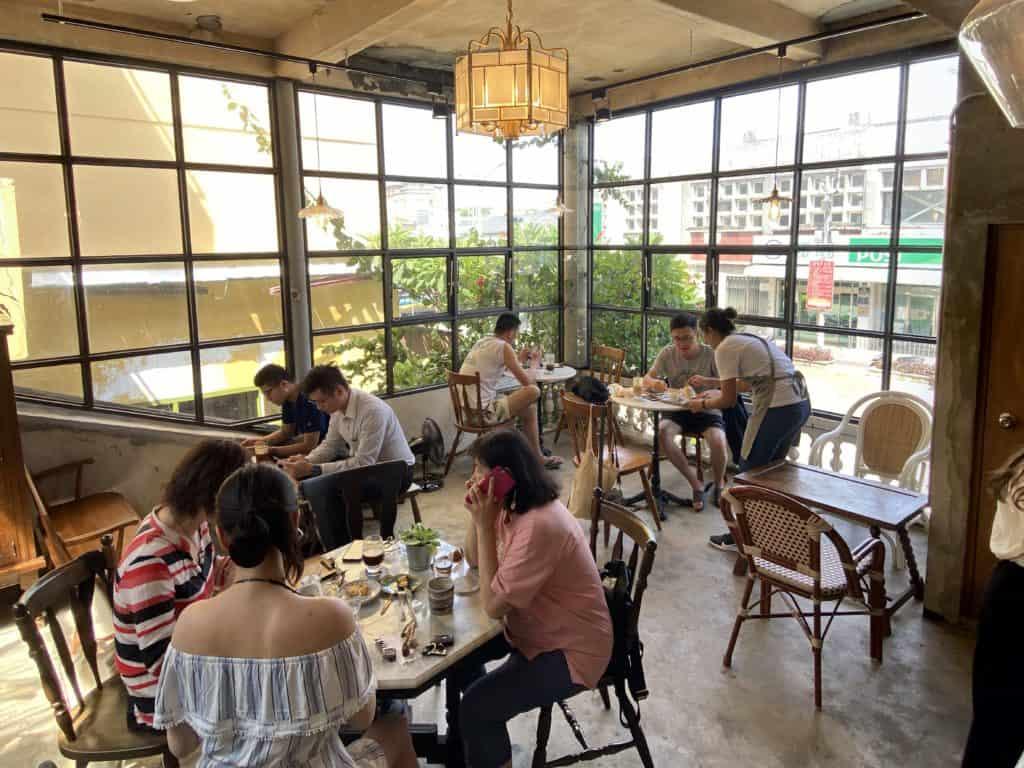 屏東美食/伯虎在二樓 恆春BUT WHO 計時制老宅玻璃屋咖啡店 15