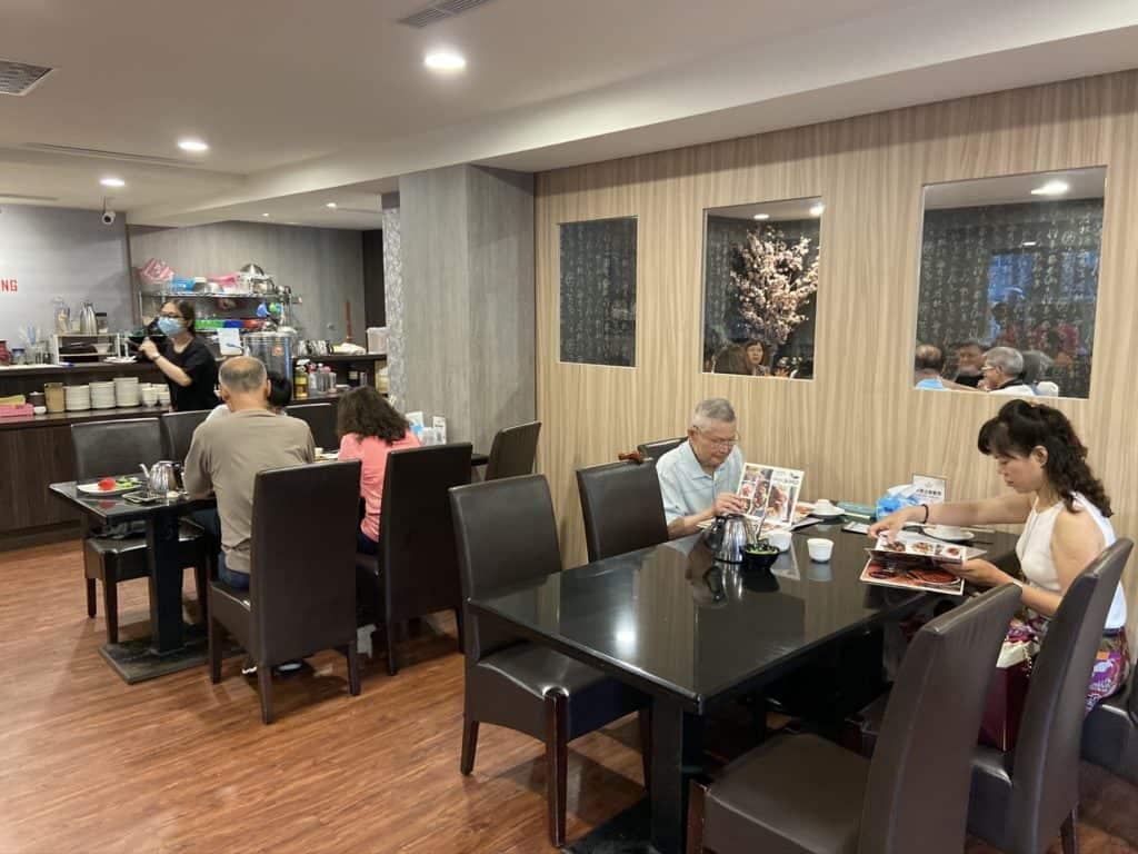 新店美食-大廚上菜 碧潭餐廳 平價適合家庭聚餐 7
