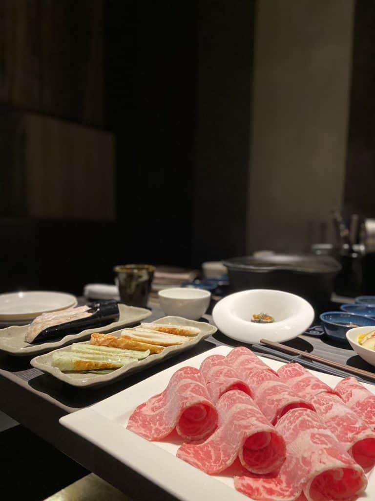 台北101美食/食令·shabu 火鍋界的愛馬仕 A5鹿兒島和牛、法國頂級藍龍蝦 情侶浪漫約會新選擇 17