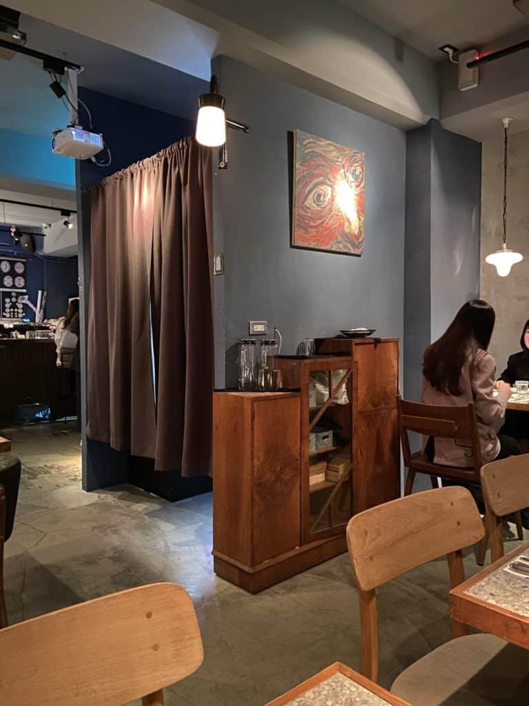 台北大安 Nul Taipei餐酒館 拍貼機與餐酒館的結合 黑白復古拍貼機 享受餐酒微醺 捷運科技大樓站美食 7
