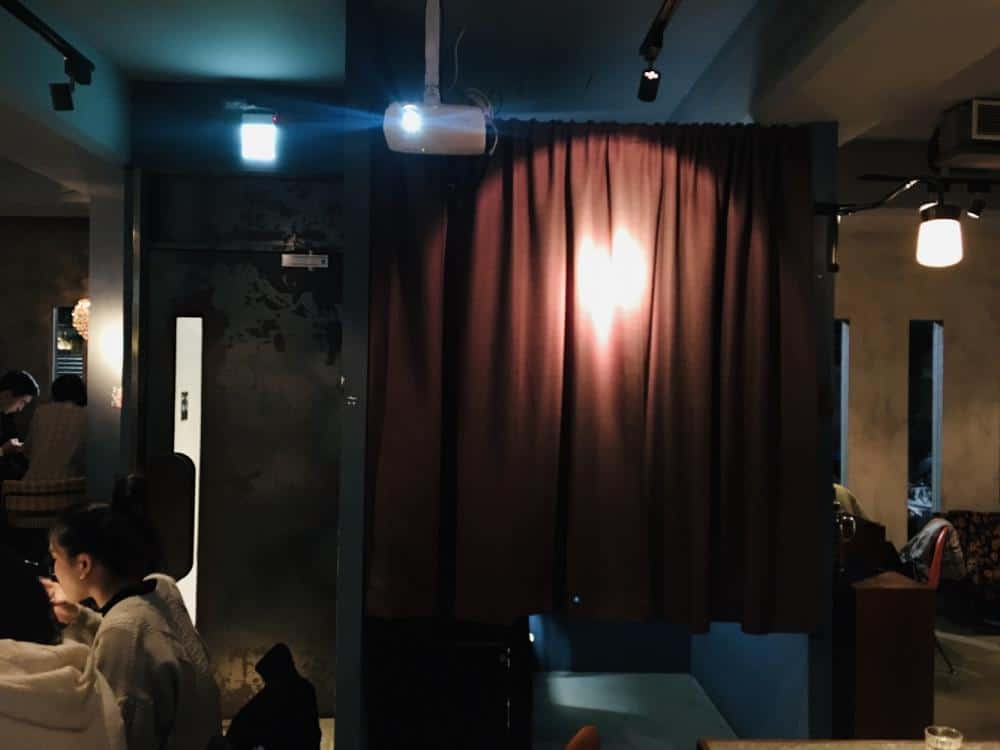 台北大安 Nul Taipei餐酒館 拍貼機與餐酒館的結合 黑白復古拍貼機 享受餐酒微醺 捷運科技大樓站美食 6